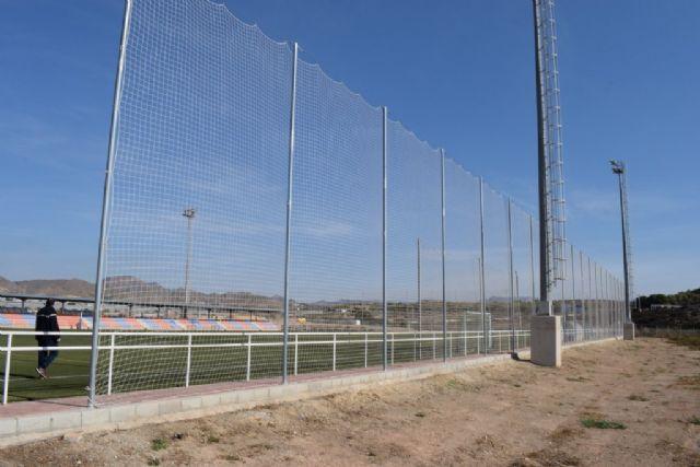 El Complejo Deportivo estrena una nueva red para uno de los campos de fútbol, Foto 2