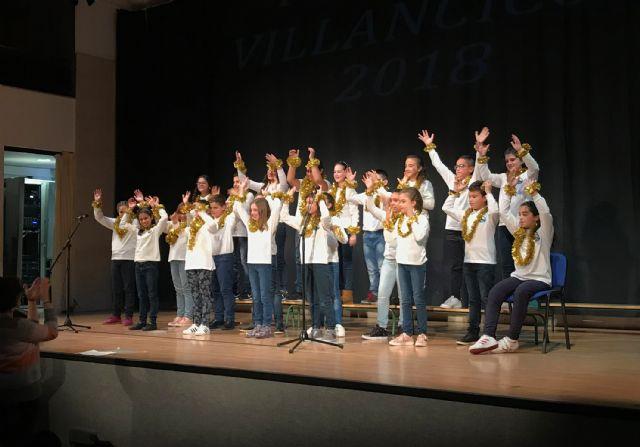Casi 300 alumnos dan brillo a una nueva edición del festival escolar de villancicos - 1, Foto 1