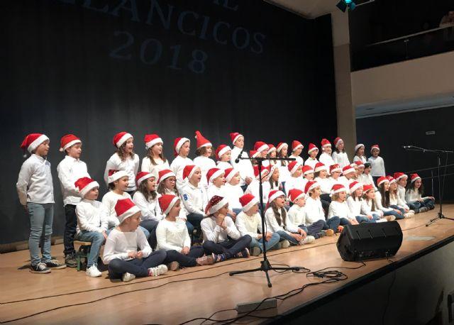 Casi 300 alumnos dan brillo a una nueva edición del festival escolar de villancicos - 3, Foto 3