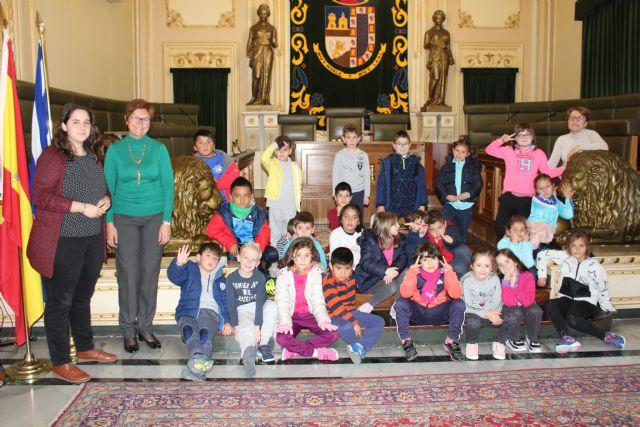 Alumnos del Colegio Mariano Suárez visitan el Ayuntamiento de Jumilla - 3, Foto 3