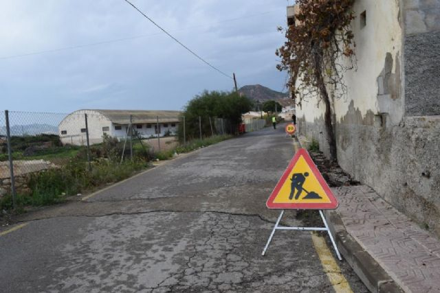 Comienzan las obras para renovar la red de agua potable en la calle villarico, Foto 1
