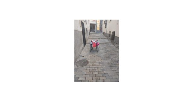 Somos Juventud solicita la eliminación de barreras arquitectónicas urbanísticas en el casco histórico caravaqueño - 1, Foto 1