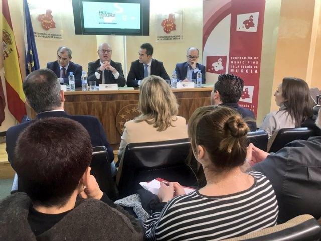 Los ayuntamientos estrechar�n la cooperaci�n con la CARM para la creaci�n de empleo a trav�s de la econom�a social, Foto 3