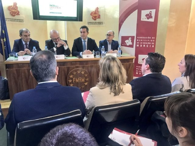 Los ayuntamientos estrechar�n la cooperaci�n con la CARM para la creaci�n de empleo a trav�s de la econom�a social, Foto 4