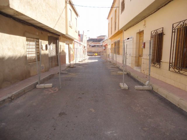 The renovation works of the network and sewage connections in the Callejón of the Guadalentín Valley and Extremadura streets are started - 2
