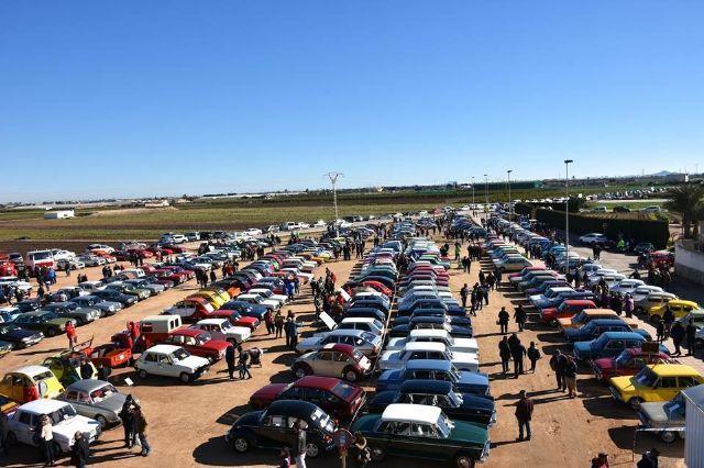 Más de 2.000 personas se dieron cita el pasado domingo en Santa Rosalía, con motivo de la VII Concentración de Vehículos Clásicos - 1, Foto 1