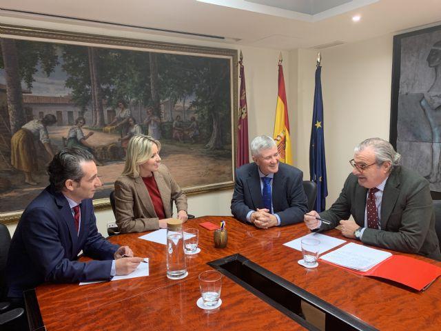 Aválam y el Gobierno regional seguirán colaborando para favorecer el acceso al crédito a pymes y autónomos - 1, Foto 1