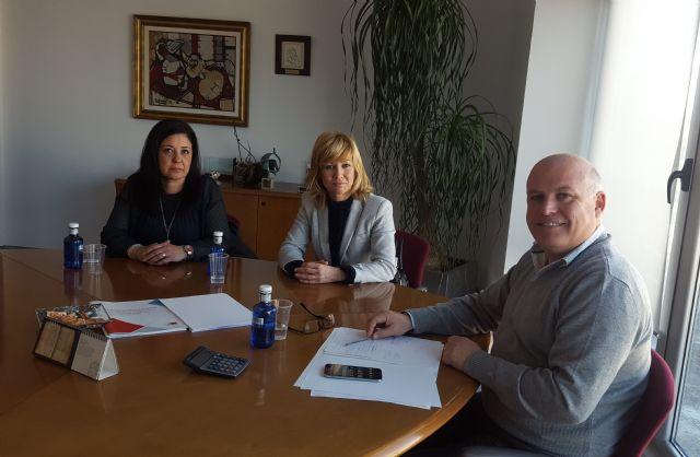 La alcaldesa de Campos del Río se reúne con el Director Gerente del Servicio Murciano de Salud para reclamar el Servicio de Urgencias 24 horas en el municipio - 1, Foto 1