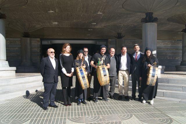 La Asamblea respalda por unanimidad la iniciativa del PSOE para promocionar las XXXIII Jornadas de Exaltación del Tambor y el Bombo de Mula - 1, Foto 1