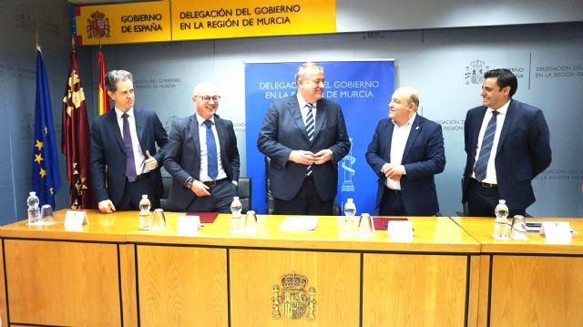 El Servicio Público de Empleo Estatal subvenciona con 560.000 euros la reforma de la nueva oficina de empleo de Cieza - 2, Foto 2