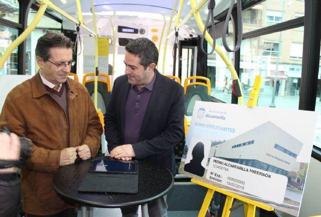 El Ayuntamiento de Alcantarilla suscribe un convenio con la empresa de autobuses LAT, en el que aumenta la oferta de transporte público bonificado para los estudiantes de nuestro municipio - 3, Foto 3