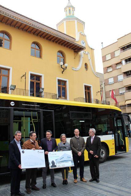 El Ayuntamiento de Alcantarilla suscribe un convenio con la empresa de autobuses LAT, en el que aumenta la oferta de transporte público bonificado para los estudiantes de nuestro municipio - 5, Foto 5