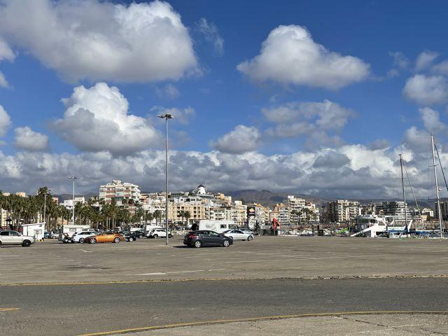 El PP solicita al Gobierno regional que bonifique el canon de explotación del puerto de �guilas que pagan los feriantes y las empresas que lo ocupan - 1, Foto 1