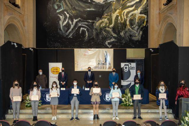 El Ayuntamiento de Caravaca entrega los premios literarios Albacara en un acto adaptado a las medidas sanitarias que el público pudo seguir online - 1, Foto 1
