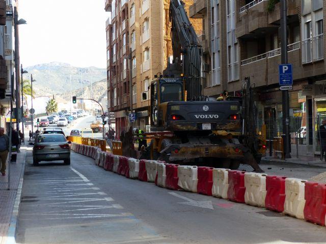 IU-V denuncia la acumulación de horas de los trabajadores en las obras de regeneración urbana - 1, Foto 1