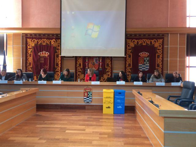 El Ayuntamiento de Molina de Segura y Ecoembes presentan dos nuevos proyectos para el fomento del consumo responsable y el reciclaje en centros públicos - 1, Foto 1