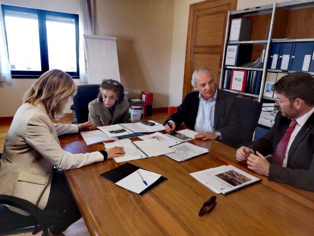 La Alcaldesa de Molina de Segura se reúne con la responsable de obras del Ministerio de Justicia para avanzar en la construcción prioritaria de una nueva sede para el Palacio de Justicia - 1, Foto 1