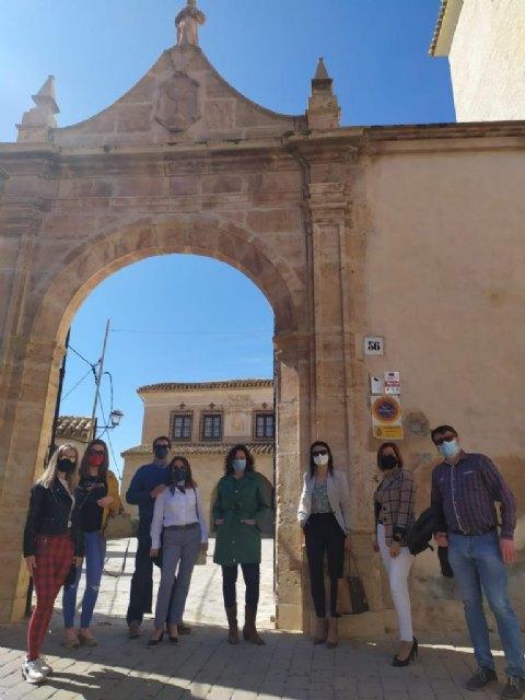 Una delegación compuesta por ocho agencias de viajes pertenecientes a Amuravi visitan los recursos turísticos, hosteleros y de alojamiento del municipio - 1, Foto 1