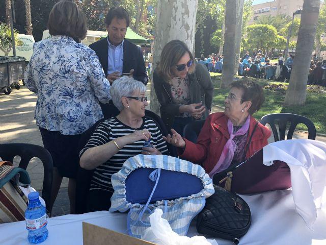 El Jardín de la Pólvora acoge el XVII Encuentro Nacional de Encajeras con más de 500 participantes - 1, Foto 1