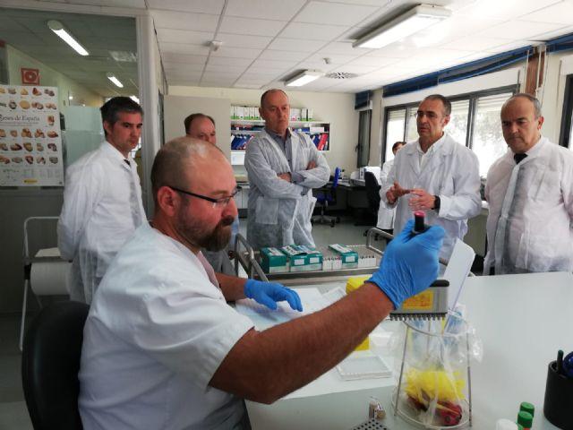 El Laboratorio Agroalimentario y de Sanidad Animal realizó en 2018 más de 630.000 análisis sanitarios de las materias primas de la Región, Foto 2