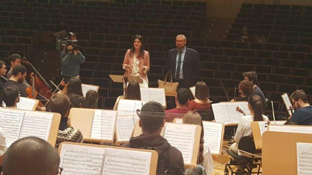La Orquesta de Jóvenes de la Región interpreta a Beethoven bajo la batuta de Manuel Hernández-Silva, Foto 1