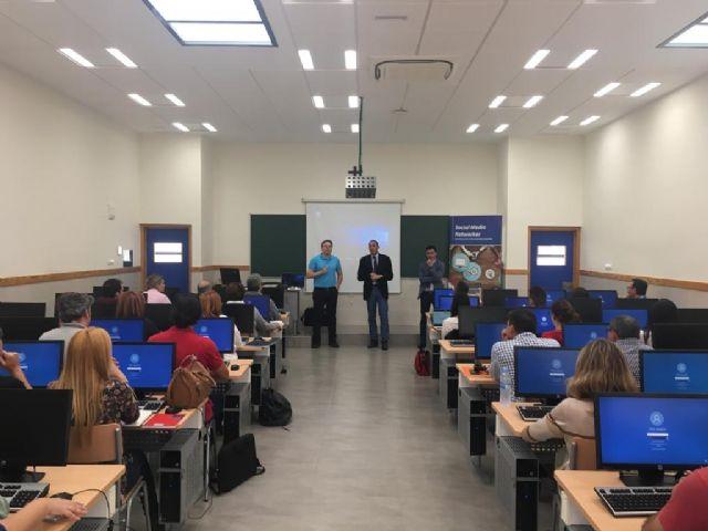 60 participantes en el curso de Social Media Networker de UCAM Cartagena - 1, Foto 1