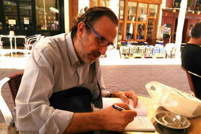 El jueves se presenta en el Luzzy el libro Joyas robadas, del poeta y escritor Luis Alonso - 1, Foto 1