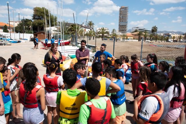 700 alumnos se introducen en los deportes náuticos gracias al Proyecto Driza impulsado por el Ayuntamiento, Foto 2