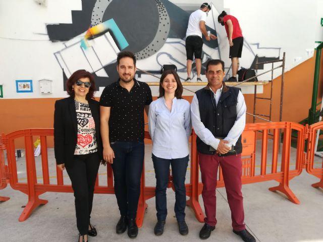 La Oficina municipal del Grafiti colabora las jornadas de arte urbano 'La pintura mural. Pieza clave del contexto' - 2, Foto 2