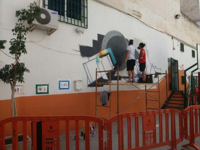 La Oficina municipal del Grafiti colabora las jornadas de arte urbano 'La pintura mural. Pieza clave del contexto' - 3, Foto 3