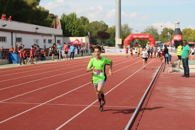 El atletismo escolar de Alhama suma varias medallas en la final regional por equipos, Foto 9