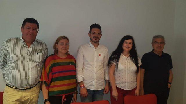 AIDMUR introduce las reivindicaciones del profesorado interino en el debate electoral - 1, Foto 1