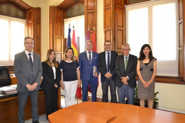La Universidad de Murcia y el Colegio de Graduados Sociales de la Región estrechan sus relaciones - 1, Foto 1