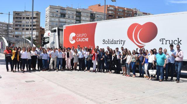 Grupo Caliche acerca a empresas y ONG con 'El camión solidario' - 2, Foto 2