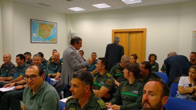 Una treintena de guardias civiles y agentes medioambientales participan en un curso sobre técnicas de investigación de causas de incendios forestales