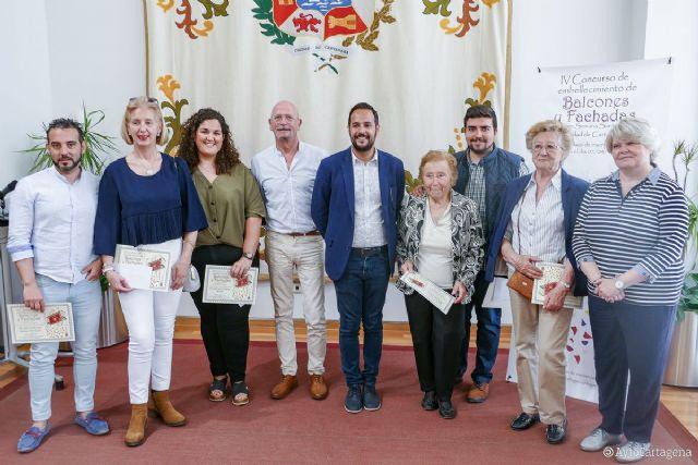 Los premiados en el IV Concurso de Balcones y Fachadas de Semana Santa de Cartagena recogen sus galardones - 1, Foto 1