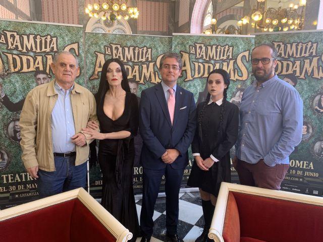 El exitoso musical 'La familia Addams' desembarca en el Teatro Romea con 16 funciones - 1, Foto 1