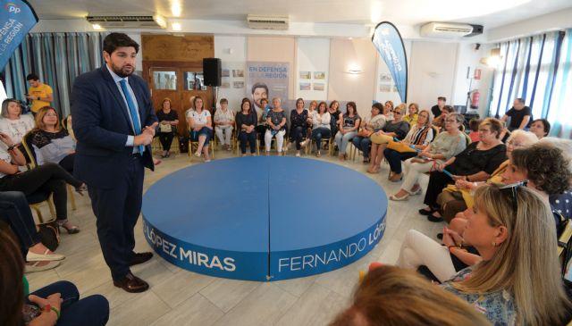 López Miras: Aprobaremos un Plan de Igualdad de Oportunidades que facilitará la conciliación y reducirá la brecha salarial  - 1, Foto 1
