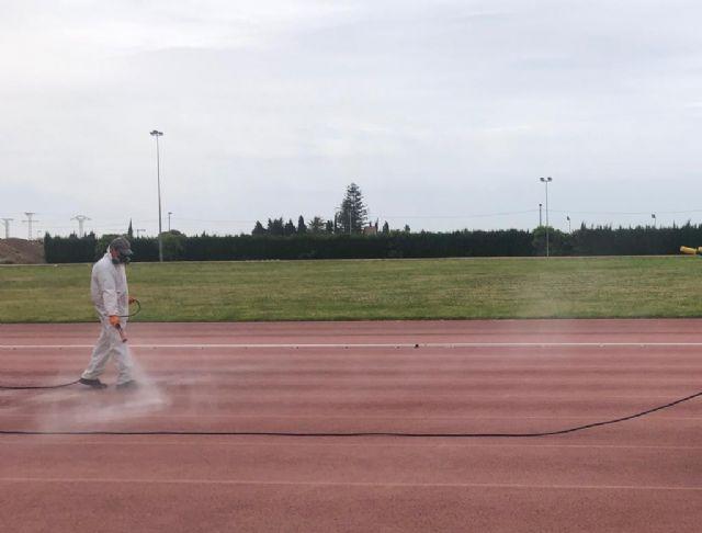El polideportivo municipal abre al público sus instalaciones deportivas al aire libre - 4, Foto 4