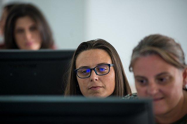 """""""La brecha digital durante el confinamiento ahondará la desigualdad laboral"""" - 1, Foto 1"""