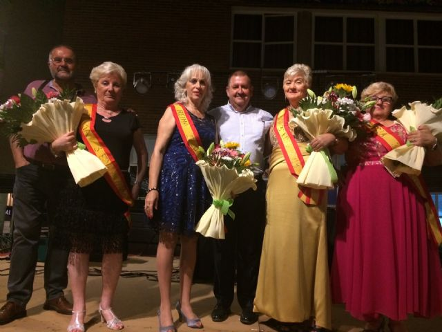 Julia Martínez is crowned as the new queen of the Elderly Parties of the Municipal Center of the Plaza Balsa Vieja, Foto 5