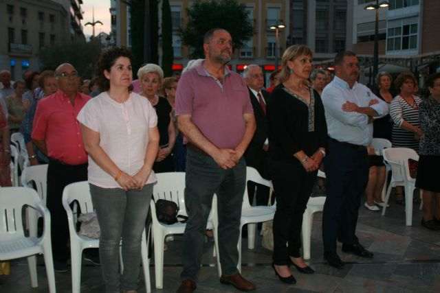 Julia Martínez is crowned as the new queen of the Elderly Parties of the Municipal Center of the Plaza Balsa Vieja, Foto 9