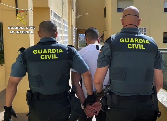 La Guardia Civil detiene a cuatro jóvenes como presuntos autores de la agresión a un adolescente en un discoteca de Cieza - 1, Foto 1