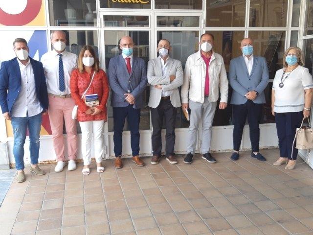Expertos y responsables técnicos y políticos analizan la correlación de los factores sociales en el impacto del COVID-19 en el municipio de Totana, Foto 4