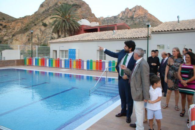 López Miras inaugura la piscina municipal de Ojós - 1, Foto 1