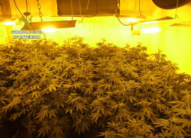 La Guardia Civil desmantela una activa y peligrosa organización criminal dedicada al tráfico de drogas y al vuelco a otros traficantes de drogas - 4, Foto 4