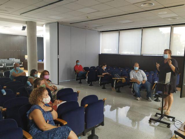 Los concejales de San Pedro del Pinatar se forman en igualdad para la creación de políticas locales - 1, Foto 1