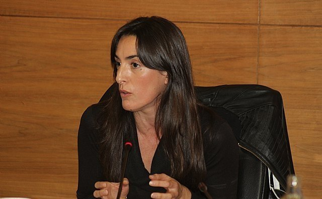 The spokesperson for the Municipal VOX Group, María Dolores García Martínez, renounces her councilman's act for