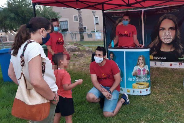 En marcha los talleres de reciclaje para los más pequeños todos los viernes de los 'veranos de barrio', Foto 3