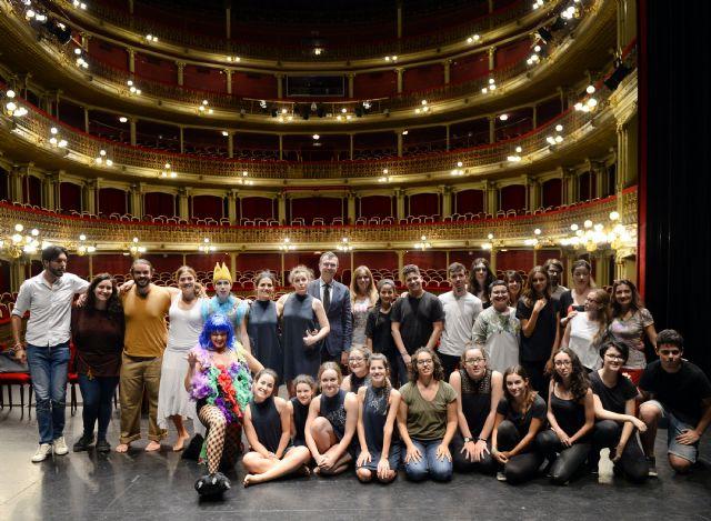 Siete montajes de teatro y danza medirán su talento sobre las tablas del Teatro Circo en la final del CreaMurcia de Artes Escénicas - 1, Foto 1